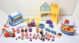 PEPPA PIG Camping Car + Maison + 2 Bateaux + Avion + Train +32 Figurines