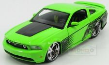 Ford Usa Mustang Gt Custom 2011 Light Green Black Maisto 1:24 MI31361GR