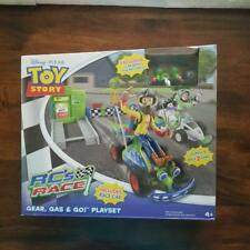 TOY STORY RC's RACE GEAR, GAS & GO PLAYSET NIB DISNEY PIXAR