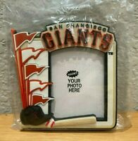 San Francisco Giants Vintage Magnet Picture Photo Frame great for Refrigerator!