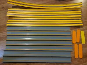"""Hot Wheels 5x Yellow 24"""" Straight Track - 7x Gray 20"""" straight track Total 12"""