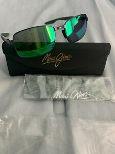 Maui Jim Shoal MJ797-02F Black/Maui Green Polarized Sunglasses 57[]17