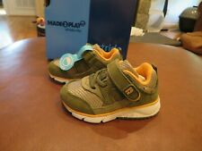 NWT Toddler Boys Olive Green Stride Rite Shoes, 4