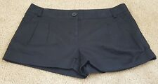 Womens Express cotton shorts size 6 black pleated