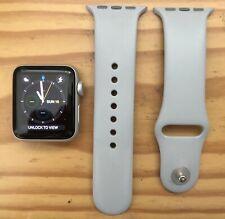 Apple Watch Series 3 - Silver 38mm Aluminium Case with Fog Grey Sport Band