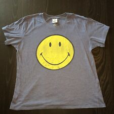 Smiley Happy Face Emoji Women's t-shirt tee shirt size Large Fun Grin Girl top