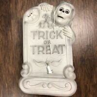"""27"""" Halloween Lighted Blow Mold Trick Or Treat Tombstone Grave Skeleton & Bat"""