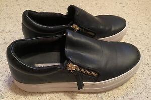 **Steve Madden Slip On Comfort Shoe - Women's Size 8 - Black