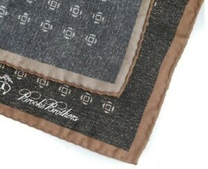 Brooks Brothers Made Italy Brown Static Quatrefoil Silk Pocket Square NWT