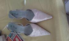 Chaussure rose pale et gris escarpin T39 mais va pour un 38 semelle cuir