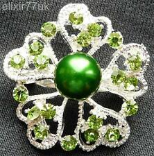 NEW SILVER FLOWER GREEN CRYSTAL FAUX PEARL BROOCH UK WEDDING PARTY GIFT BROACH
