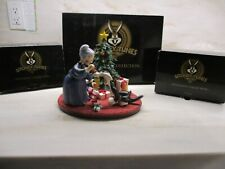 1997 Goebel Looney Tunes Spotlight Limited Edition Christmas Morning Scape