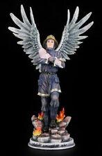 Schutzengel Figur - Feuerwehrmann rettet Baby - Engel Statue