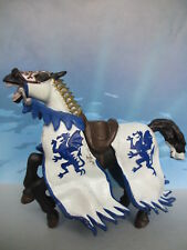 FIGURINE COLLECTION PAPO CHEVALIER CHEVAL CHATEAU 2004 -18