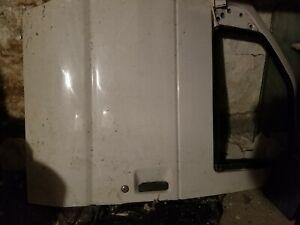 2003 FORD VAN DRIVER FRONT DOOR WHITE COMPLETE