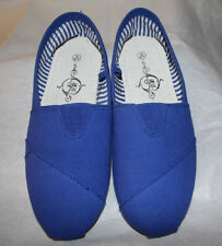 Aqua shoes, Sole Mates size Small 6/7 EUC (A17)