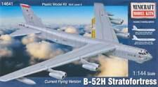 Minicraft 1/144 B-52 H USAF Plastic Model Kit 14641 MMI14641