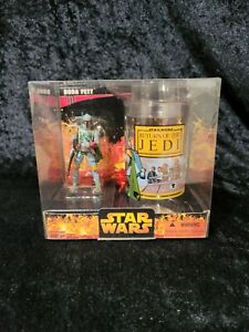 2005 Star Wars Boba Fett Return of the Jedi Cup and Figure Set