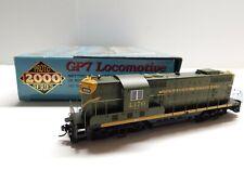 HO Scale - PROTO 2000 - Canadian National GP7 Diesel Locomotive Train C.N. #4370