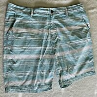 Aeropostale Mens Bermuda Short Size 42 Green and White