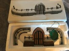 Dept 56 Heritage Collection - Churchyard Gate and Fence - 5806-8