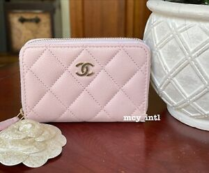NWT 21S CHANEL Lilac Pink Caviar Gold Hardware Credit Card Holder Zippy Coin Bag