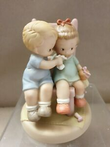 """Mabel Lucie Attwell, memories 1994"""" Loving each other is the nicest thing"""" New"""