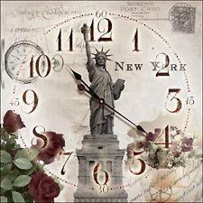 Orologio Da Parete New York Statua Della Liberta' in Legno 30x30 cm a Batteria