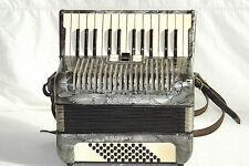 Piano accordion akkordeon  HOHNER  STUDENT V M 48 bass