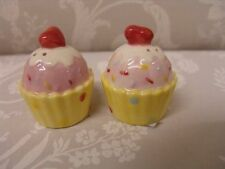 Set of Salt and Pepper Shakers Cupcake Design Pink Yellow White Condiment Grinde