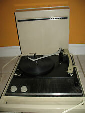 VINTAGE RETRO PORTABLE RECORD PLAYER MOTOROLA SOLID STATE 50 MODEL MP50EH  RARE