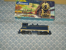 HO ATHEARN POWERED SANTA FE DIESEL SWITCHER ENGINE! ONLY 35.00!