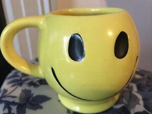 Vintage McCoy Pottery Sunshine Yellow Smiley Face Smile Happy Coffee Mug/ Cup