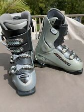 New listing Atomic Beta Carv 8-50 287mm 24.0 Ski Alpine Downhill Boots Color Is Off
