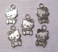 035 - LOT de 5 CHAT KITTY Argenté ** 15 x 25 mm ** CHARM / BRELOQUE / PENDENTIF