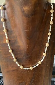 Vintage Jewellery Mother Of Pearl Polished Sponge Coral Bead Necklace