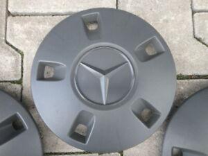 1x Original Mercedes V-Klasse / Vito Tourer 447 Radkappe Nabenkappe A4474011600