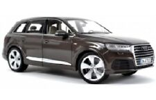 Minichamps 1:18 Audi Q7 2015 - argus brown