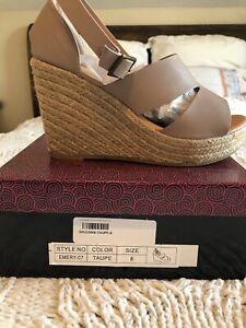 Women's Platform Wedge Shoe Sandal Beige Size 8