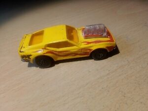 Matchbox Superfast MB10 Ford Mustang Piston Popper Rolamatic Yellow England
