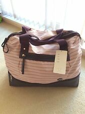 Lululemon Runaway Retreat Duffel Bag Tote Dobby Stripe Butter Pink Black Cherry