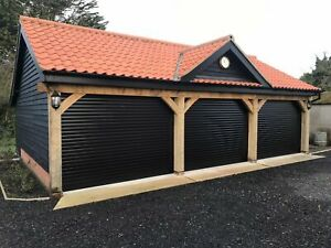 77MM SLAT ELECTRIC ROLLER GARAGE DOOR, UP TO 3300MM WIDE WITH SAFETY EDGE