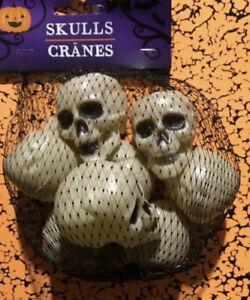 Set of 8 Small Miniature Skull Head Halloween Plastic New!