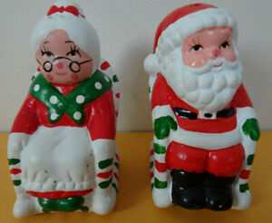 Santa Claus & Mrs Claus Ceramic Salt And Pepper Shakers NIB