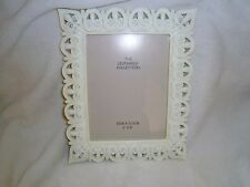 the leonardo collection 6 x8 hearts cream diamontes in corners frame