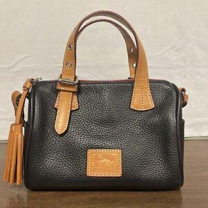 Dooney & Bourke Small Pebble Handbag- Black/brown
