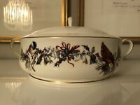 LENOX WINTER GREETINGS Covered Serving Veg Bowl Handles Lid Catherine McClung