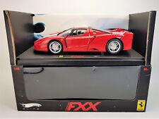 1:18 HOT WHEELS ELITE Ferrari FXX in rot *weiße Streifen* mit Originalverpackung