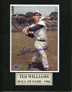 TED WILLIAMS BOSTON RED SOX AUTOGRAPHED 8 X 10 COA CERTIFIED