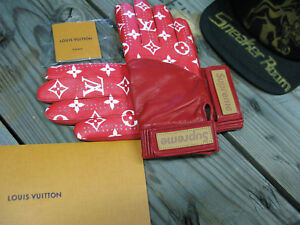 SUPREME x LOUIS VUITTON Leather Baseball Gloves Monogram Red Rare Sneakers